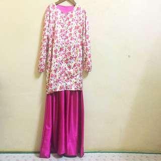 Pink + White Vintage Rose Baju Kurung