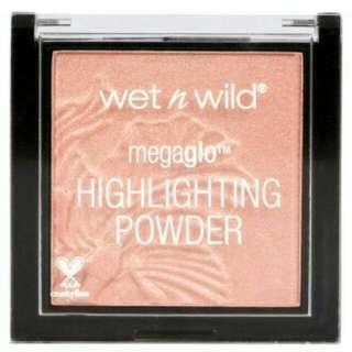 WET & WILD MEGAGLO HIGHLIGHTING POWDER