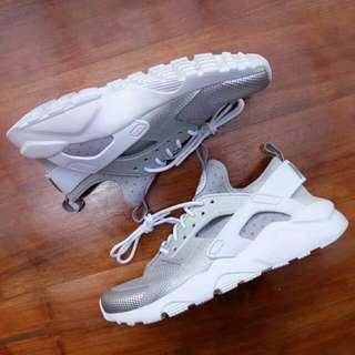 Nike Huarache Grey