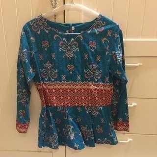 Batik Blus Size M