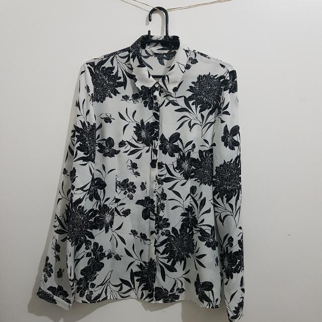 Black And White Floral Print