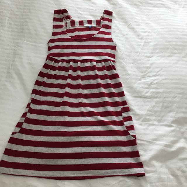 Cute Dress XS Great For Going To The Beach