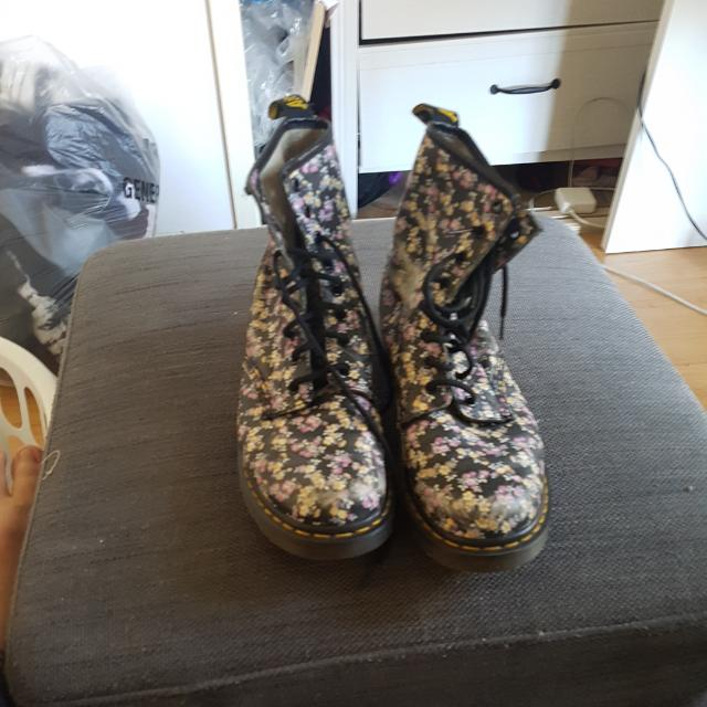 Doc Martin Boots Floral