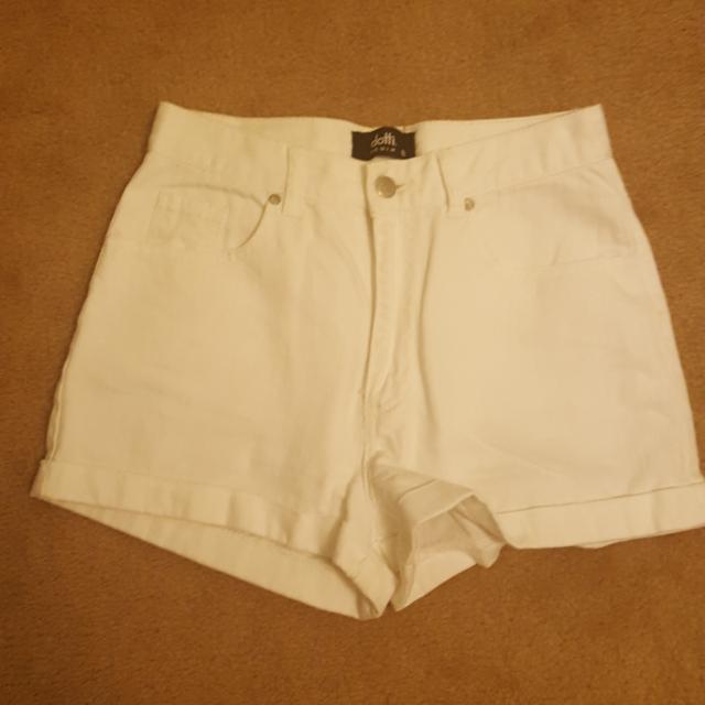 Dotti White High Waisted Shorts   Size 8
