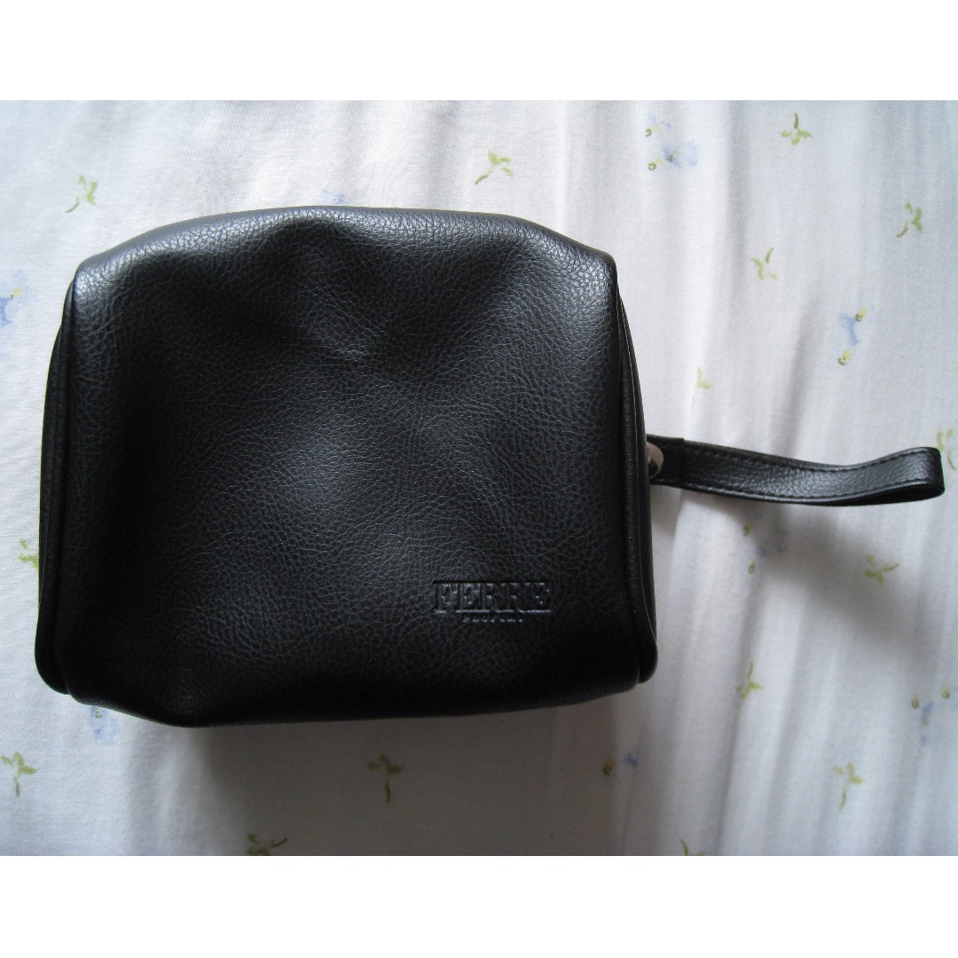 Ferre Profumi makeup toiletry bag with free comb