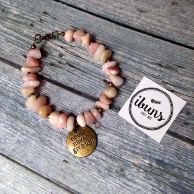 (NEW - SALE) Gelang Pink Never Give Up