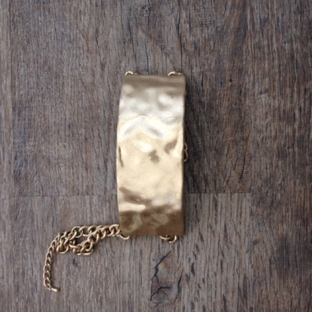 Gold Choker