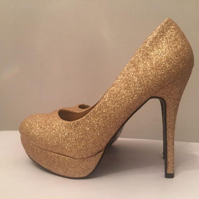 Gold Glittery Pumps Size 7