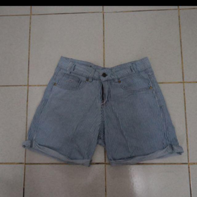 Highwaist Short/ Jeans / Celana Pendek