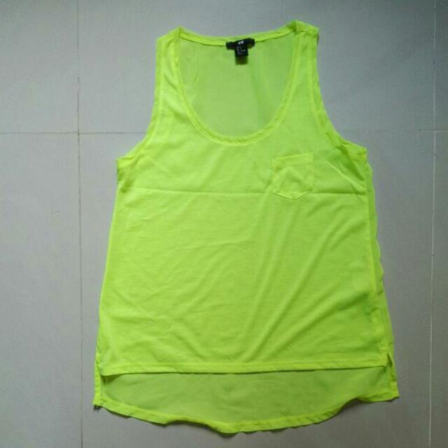 H&M Tanktop. Size S. Color: Lime Green. Kondisi 10/10. Cuma Pakai 3x