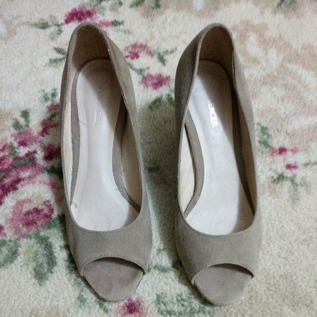 Jo Mercer Nude Suade Wedges (Size 7)
