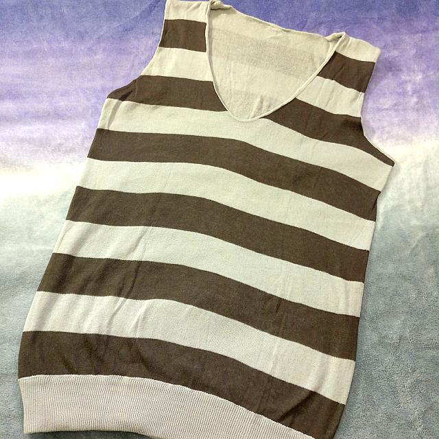 Knit Striped Sleeveless Uniqlo V-neck Sleeveless shirt/vest