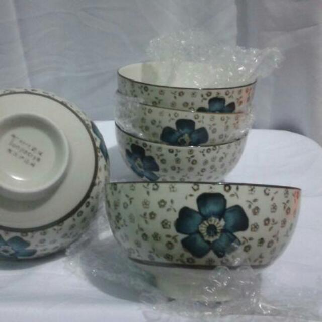 Mangkuk Keramik