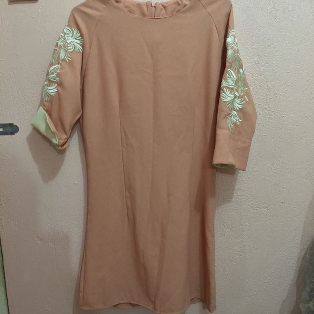 Peach Short Dress With Embroidered Sleeves