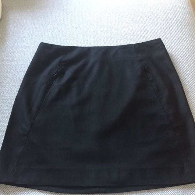SABA Size 8 Black Mini Skirt