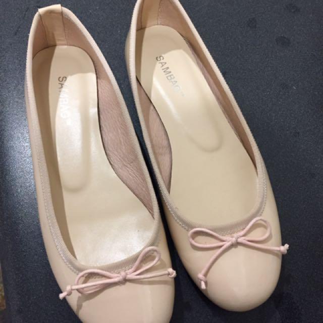 Sambag Flat Shoes Size 6