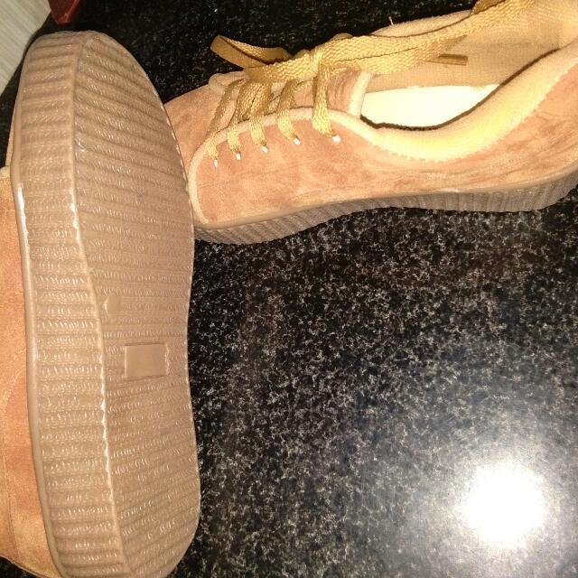 Sepatu Santai Santai Murah , Puma ( Bukan Ori )