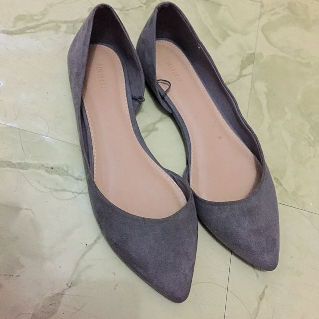 Size 7 Forever 21 Pointed Flats