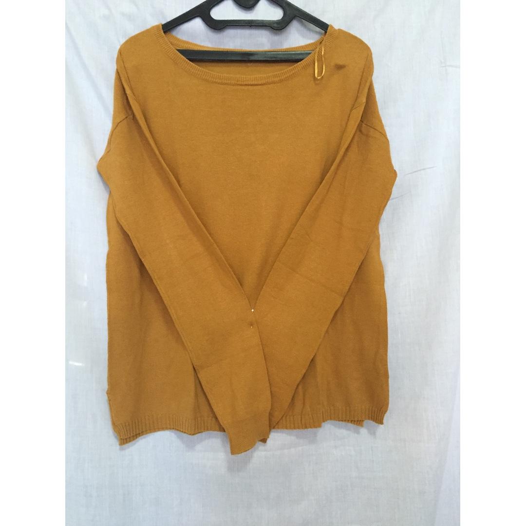 Sweter Kuning Kunyit