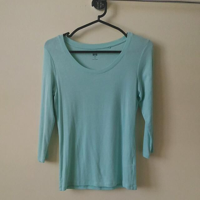 Uniqlo Blue Green Top