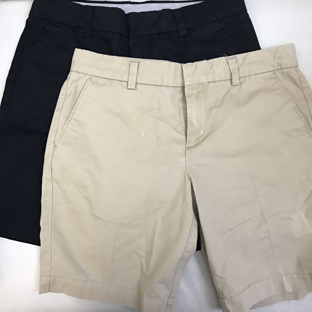 UNIQLO KNEE SHORTS