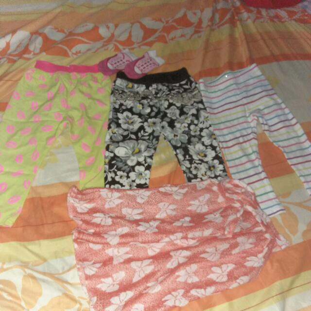 Used Leggings With Free Blouse And Socks