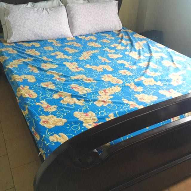 Wooden Bed Frame With Mattress (Queen Size)