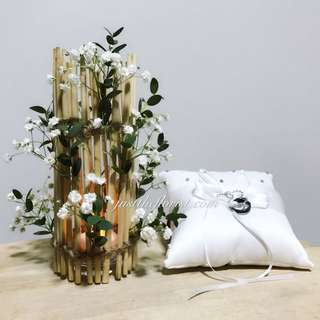 Ring Pillow / Table Arrangement