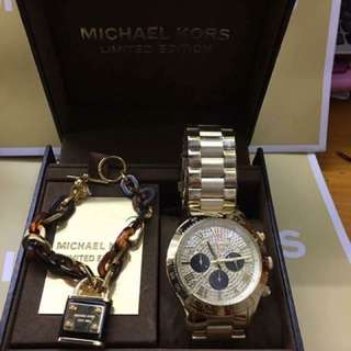 Michael Kors Watch w/ Bangle/bracelet