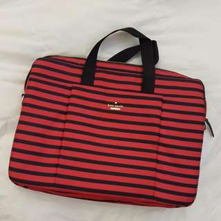 🚚 Kate Spade 15 Inch Laptop With Front And Back Pockets With Internal Pockets