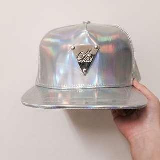 銀色硬版帽子