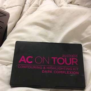 Australis Acontour