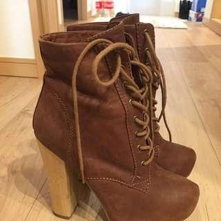 ALDO boots 37