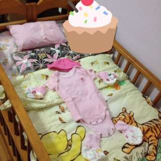 嬰兒床 Baby Cot With Seahorse Brand Customised Mattress