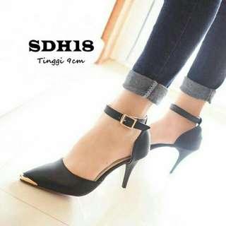 Sendal high heels wanita