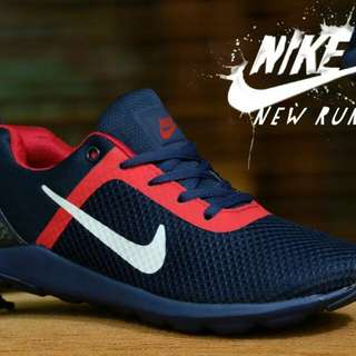 Nike New Runner