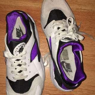 Nike Huarache 11US