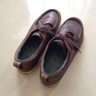 Sepatu Camper (size 42)