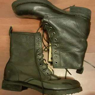 Tony Bianco Leather Lace-up Boot Size 7