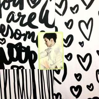 NU'EST Aron - Q Is Photo Card