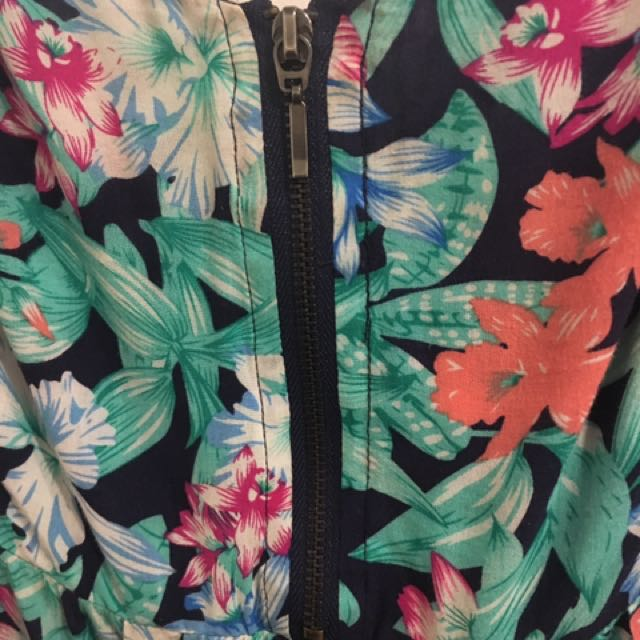 6/8 - Tropical Print Summer Top Jeanswest