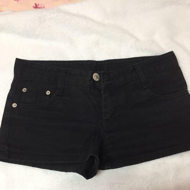 黑色牛仔短褲#兩百元短褲