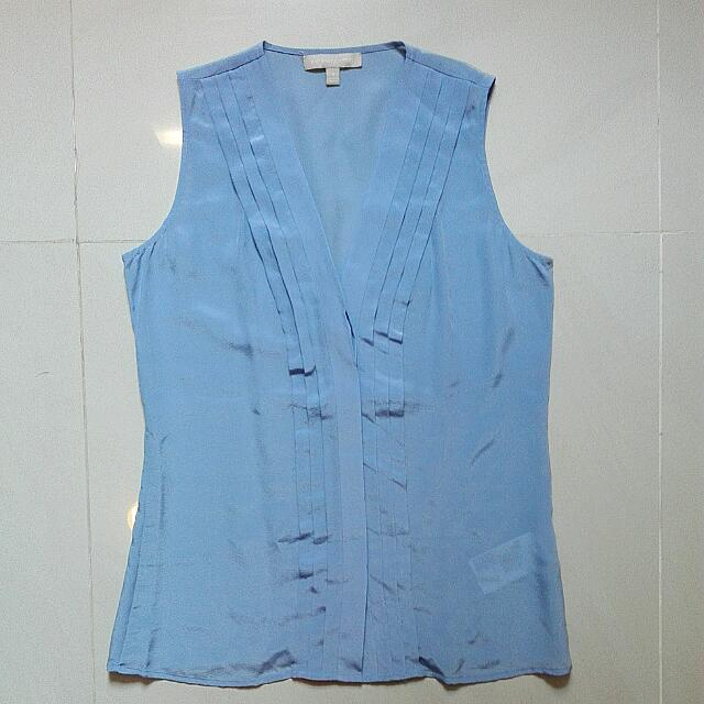 Banana Republic Blue Top. Size 4/M.