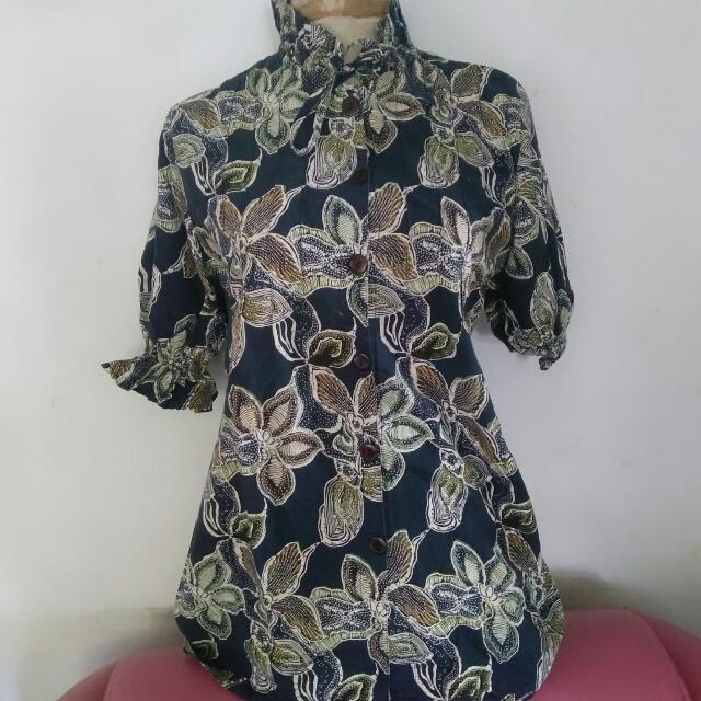 Batik Turtleneck