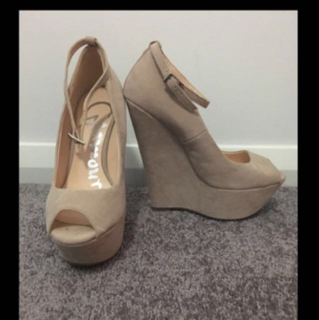 Beige Glamour Wedge Heels