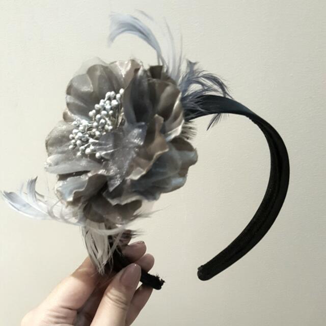 Black Headband With Big silver/grey flower