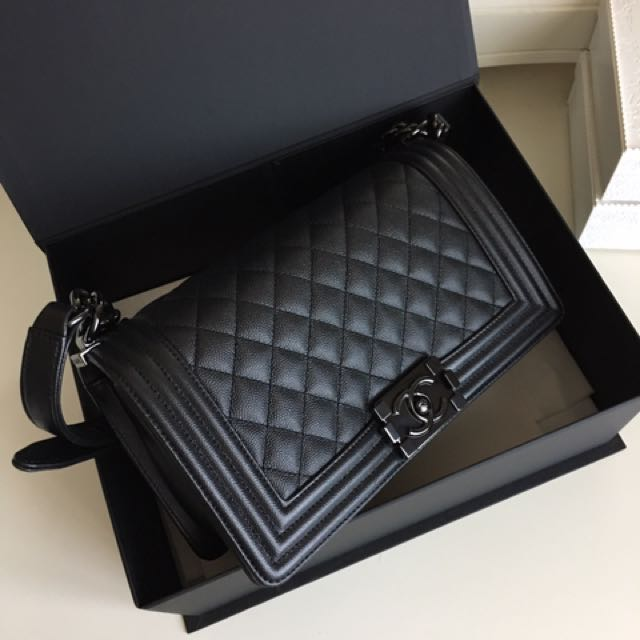27e6907f02a1ad (SOLD) BNIB Chanel Boy So Black Caviar old Medium, Luxury, Bags & Wallets  on Carousell