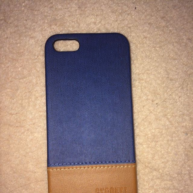 Cygnett Navy And Brown iPhone 5/5s/SE Case