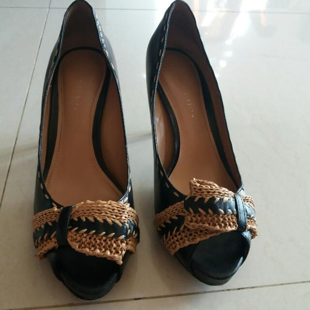 High Heels Charles And Keith Cnk Hitam