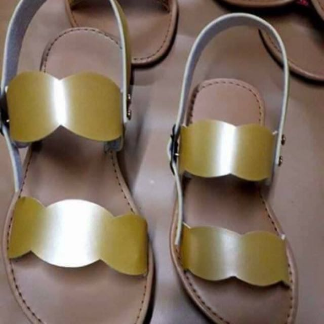 Mother x Daughter sandals